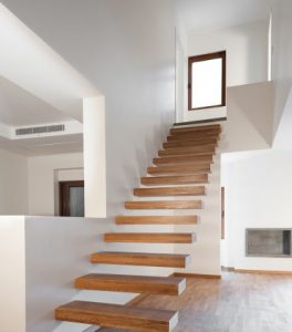 پله هاي چوبي خانه رویایی
