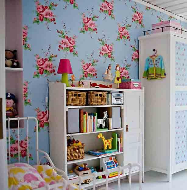 کاغذ دیواری طرح گل برای پوشش دیوار اتاق کودک
