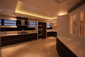 نورپردازي آشپزخانه و کابينت ها