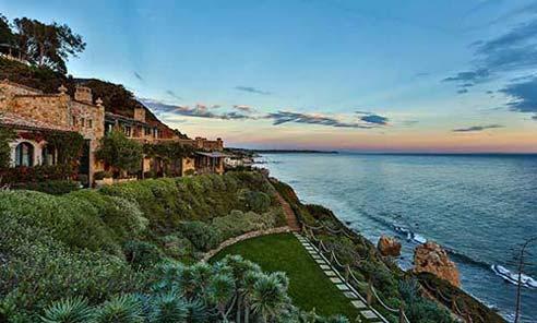 نمای کامل خانه لوکس ساحلی