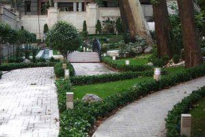 فضاهاي سبز و پياده روهاي ساختمان لوکس
