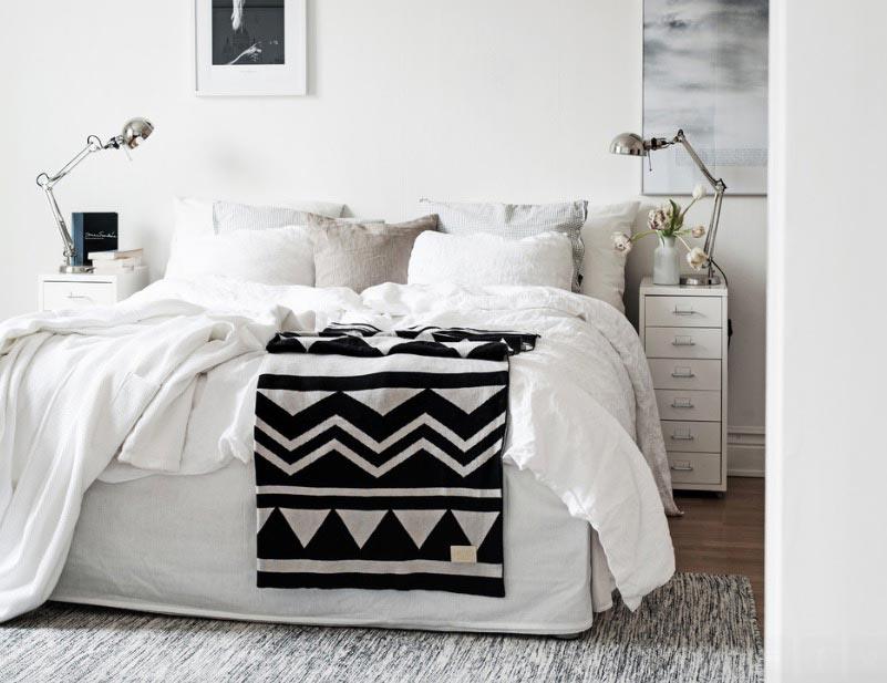 استفاده از رنگ سفيد در طراحی دکوراسیون اتاق خواب