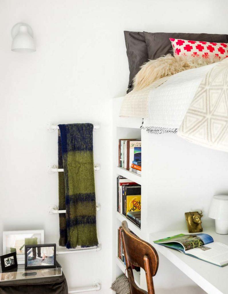 استفاده روش عمودي در طراحی دکوراسیون اتاق خواب