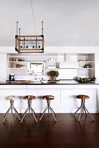 طراحي دکوراسيون آشپزخانه قفسه شناور بالاي جزيره