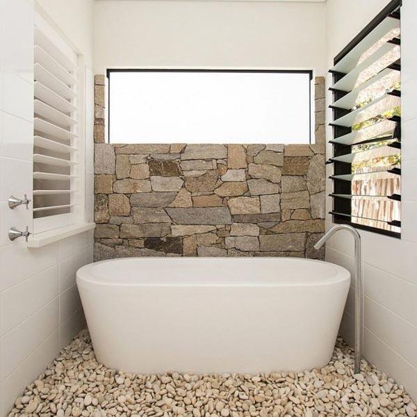 دکوراسیون حمام کوچک با سنگ