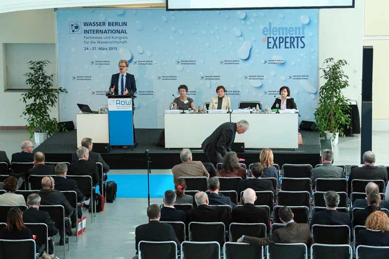 کنفرانس هاي جنبي نمايشگاه آب و فاضلاب برلين