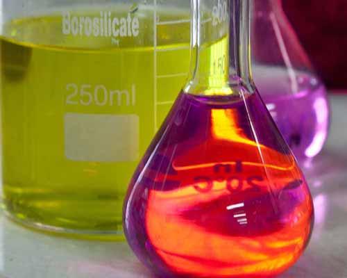 انواع افزودنی شیمیایی بتن