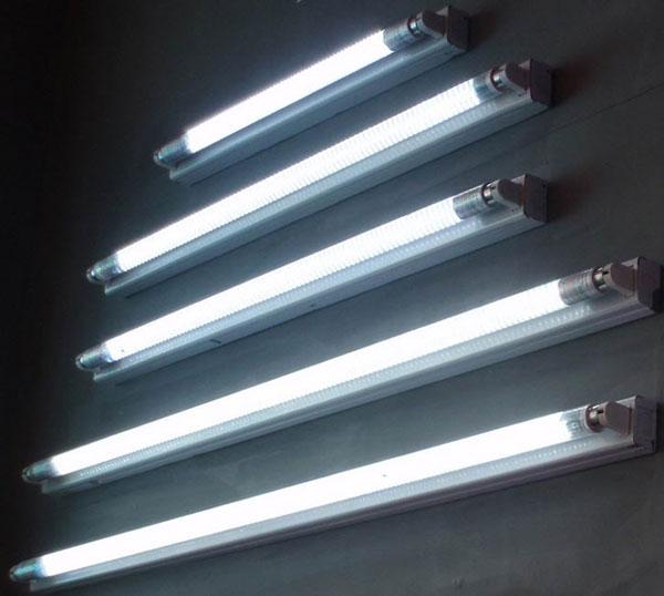 انواع لامپ ها ی فلورسنت مهتابی