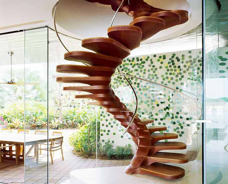 پله پيش ساخته مارپیچی چوبی