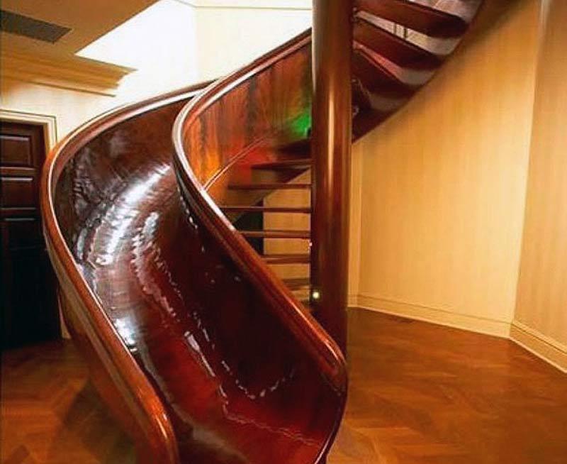 پله گرد پيش ساخته شده چوبی با طراحی مارپيچی