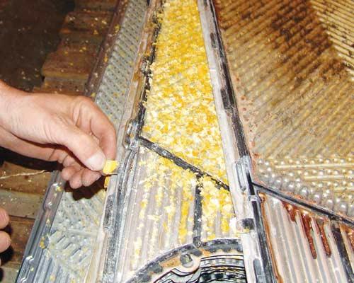 صفحات رسوب گرفته یک انتقال دهنده حرارتی تخت واشردار