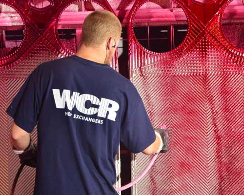 شسشتوی صفحات انتقال دهنده گرمایی توسط نظافت مکانیکی