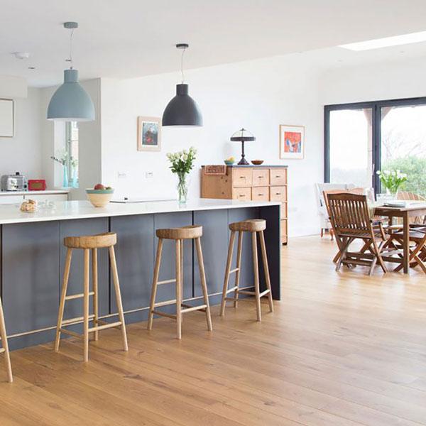 کفپوش چوبی در آشپزخانه و ناهارخوری