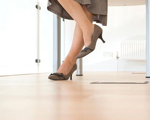 مقاومت کفپوش لمینت در برابر ضربه