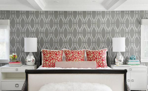 کاغذ دیواری بر دیوار بالای تخت