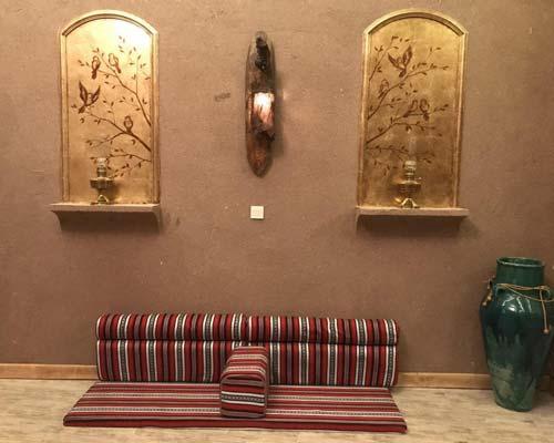 پتینه کاری و نقاشی سنتی در قهوه خانه