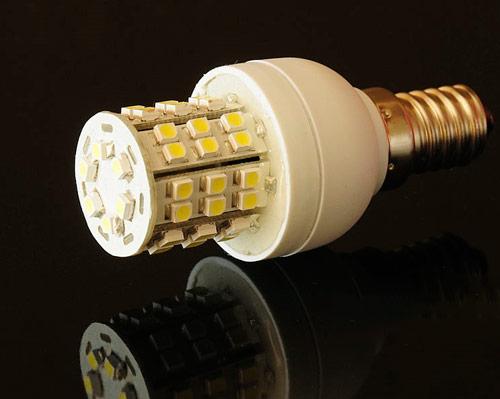 تفاوت لامپ COB با لامپ SMD ، مقایسه لامپ SMD با LED