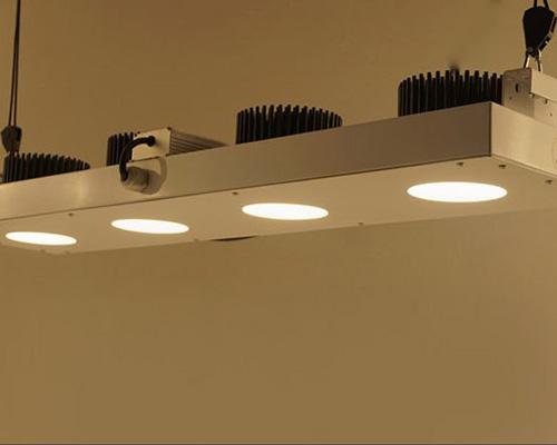انواع لامپ های سی او بی با فن