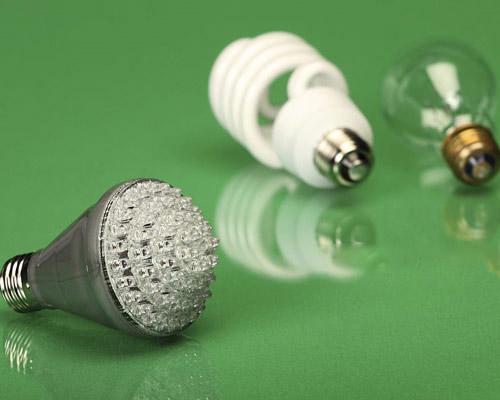 مقایسه لامپ LED با لامپ کم مصرف فلورسنت فشرده