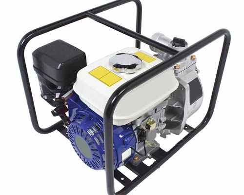 تصویری از موتور ژنراتور برق مجهز به مخزن یا باک