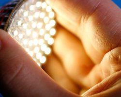 لامپ ال ای دی و معرفی انواع آن از نظر تکنولوژی ساخت