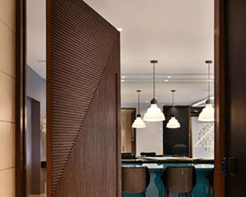 در چرخشی چوبی زیبا موثر در دکوراسیون داخلی
