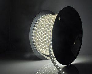 لامپ ال ای دی نواری در طرح ها و رنگ های مختلف