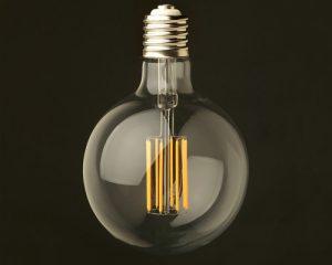 لامپ ال ای دی فیلامنتی حبابی بزرگ 8 وات با پایه E27 سرپیچی