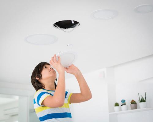 نصب آسان از ویژگی های لامپ های ال ای دی