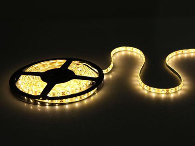 مشخصات لامپ ال ای دی نواری