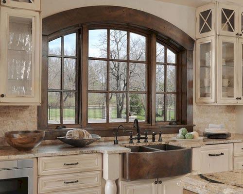 کاربرد پنجره چوبی در دکوراسیون آشپزخانه