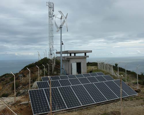 توربین بادی پشتیبان و پنل خورشیدی در سیستم های مخابراتی