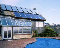 استفاده از انرژی خورشیدی در استخر