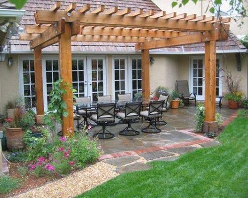 ساخت آلاچیق چوبی یا پرگولا ترمووود در حیاط