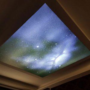 سقف کششی کهکشانی با نورپردازی کریستالی