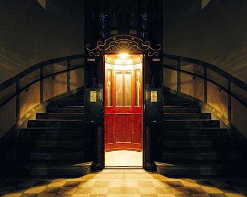 آسانسور و کابین آن