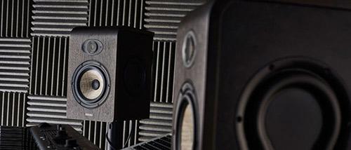 فوم آکوستیک در اجرای عایق صوتی دیوار استودیو ضبط موسیقی