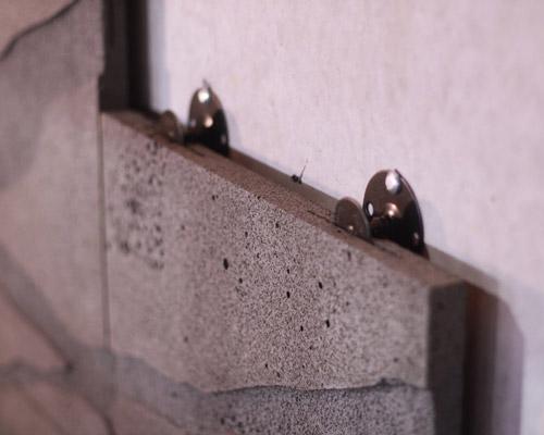 نحوه اتصالات در اجرای نمای سنگ خشک