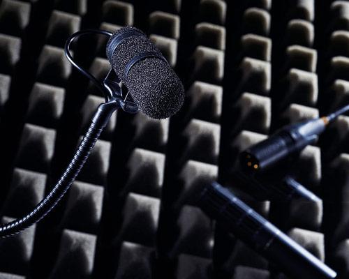 کاربرد فوم آکوستیک به عنوان عایق صوتی در استودیو ضبط موسیقی