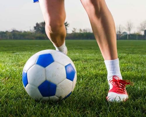 کاربرد کفپوش مصنوعی چمن برای انواع زمین ها ی ورزشی مانند فوتبال