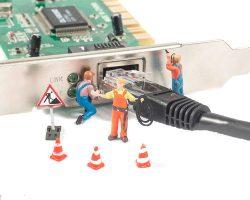 کارت شبکه یکی از سخت افزار های واجب برای قرار گرفتن دستگاه و تجهیزات شبکه در شبکه اصلی می باشد.