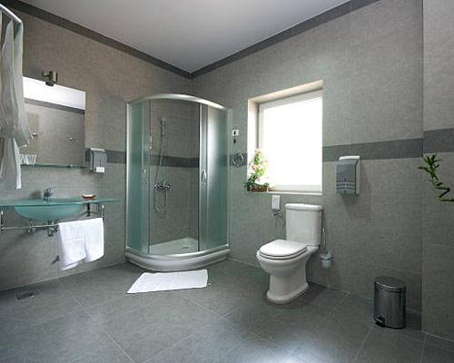 درب کشویی کابین نیم دایره در کابین حمام