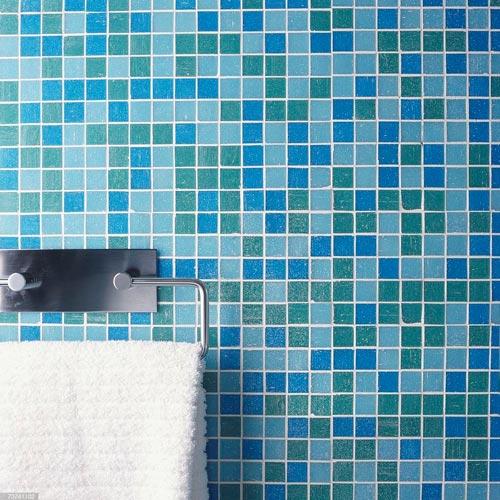 کاشی ریز آبی و سفید موزاییکی لعاب دار برای استخر و سرویس و حمام