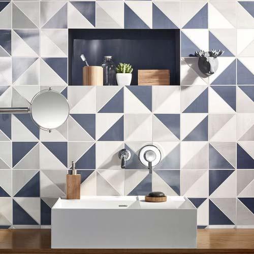 کاشی طرح مثلثی برای دستشویی
