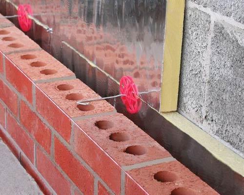 کاربرد آجر متخلخل در دیوار های دو پوسته و امکان گردش هوا بین آجر و دیوار نما