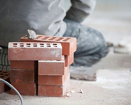 آجر ماشینی سوراخ دار یا آجر 14 سوراخه در ساخت و ساز ساختمانی به عنوان آجر ساختمانی