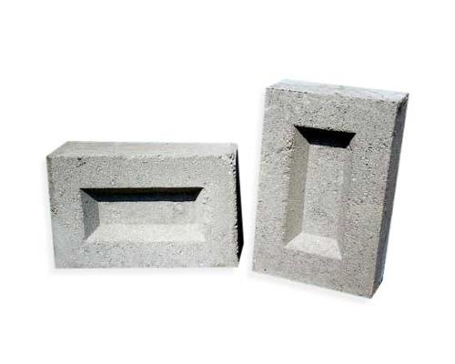 سطح صاف و تخلخل کمتر آجر ماسه بادی تهیه شده از رس و خاکستر بادی