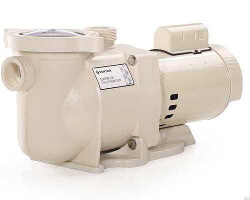 نمایی از یک پمپ موجود در سیستم تصفیه آب استخر